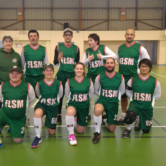 [Softball] Open indoor, J2 (3 ?) : requins, poulpes et manteaux rouges